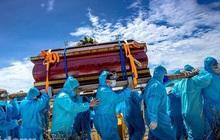 Nghẹn ngào cảnh đưa tang tại tâm dịch Covid-19 ở Quảng Nam