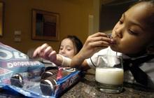 """10 sự thật thú vị về loại bánh quy nhân kem """"trăm tuổi"""" ai cũng từng nếm thử"""