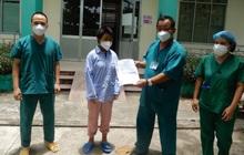 Thêm 10 bệnh nhân Covid-19 ở Đà Nẵng được xuất viện: Các bác sĩ đã chăm sóc tôi rất tận tình, chu đáo!