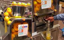"""Cận cảnh chiếc máy ép nước cam """"siêu tốc"""" hiếm khi người Việt được nhìn thấy, chỉ cần bấm nút là có ngay đồ uống thơm ngon"""