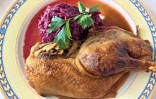 """Thịt vịt """"rẻ bèo"""" nhưng tốt ngang thang thuốc quý: Nấu món gì cũng ngon nhưng tuyệt đối đừng kết hợp với 4 thực phẩm mà có ngày sinh độc"""