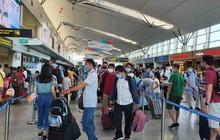 Khoảng 400 du khách mắc kẹt sẽ rời Đà Nẵng bằng 2 chuyến bay đi Hà Nội và TP.HCM
