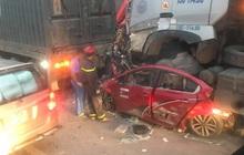 Hà Nội: Tai nạn liên hoàn lúc rạng sáng, 3 người trong ô tô tử vong