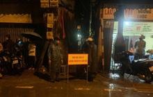 Hà Nội: Khử khuẩn ngay trong đêm, đưa 18 người F1 của nhân viên xe bus dương tính lần 1 với SARS-CoV-2 đi cách ly