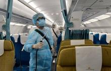 73 người ở Hà Nội bay cùng chuyến với 6 ca nhiễm Covid-19