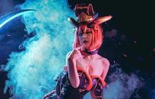 LMHT: Ngất ngây với bộ ảnh cosplay Evelynn Huyết Nguyệt đầy ma mị, sexy