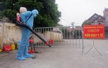 Hà Nội: Thành lập 3 chốt kiểm dịch, phun khử khuẩn toàn thôn nơi bệnh nhân Covid-19 sinh sống