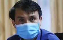 """Những người """"đi dạo"""" trong 3 bệnh viện đang bị phong toả ở Đà Nẵng"""