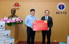 Bộ Y tế tiếp nhận 3.200 máy thở của Tập đoàn Vingroup phục vụ chống dịch COVID-19