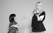"""Lisa công khai cầu hôn Rosé nhân dịp tròn 4 năm BLACKPINK debut làm fan """"náo loạn"""": """"Rồi năm sau là kỷ niệm ngày cưới ư?"""""""
