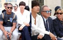 """Hot lại ảnh tài tử """"Train to Busan"""" Gong Yoo tại trời Tây: Hiếm sao Hàn đô đến mức dìm cầu thủ Mỹ, khách mời người Pháp phải lén nhìn"""