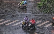 Vùng áp thấp mạnh lên, nhiều nơi ngày nắng nóng, đêm mưa dông