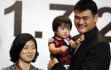 """Siêu sao bóng rổ Trung Quốc vượt mức 200kg khiến vợ lo sợ """"bị đè"""" trong lúc ngủ"""