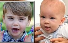 """Hai em bé hoàng gia Louis và Archie làm người hâm mộ bấn loạn khi đều có chung một sở thích khiến cha mẹ nhiều lần phải """"dở khóc dở cười"""""""