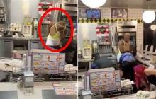 """""""Đốt mắt"""" người xung quanh bằng chiếc áo cắt xẻ táo bạo, người phụ nữ để lộ vòng 1 phản cảm khi đi """"ăn chùa"""" gây phẫn nộ"""