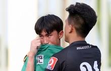 Cầu thủ trẻ HAGL khóc như mưa sau khi thua trắng ở bán kết U17 quốc gia 2020