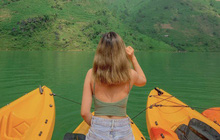 Lên Mã Pì Lèng không chỉ để chụp ảnh, giới trẻ thi nhau khoe trải nghiệm bộ môn mới ngay tại sông Nho Quế