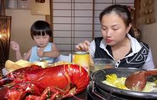 Liên tục làm video ăn tôm hùm, tôm càng, hải sản đắt đỏ hút cả triệu view, Quỳnh Trần JP khiến fan hâm mộ vừa thèm vừa ghen tị vì quá giàu có