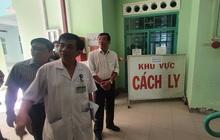Khách Trung Quốc quậy bệnh viện vì con bị kiểm tra virus corona