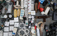 Apple đang ngày càng làm ô nhiễm Trái Đất vì khuyến khích dùng quá nhiều loại dây nối cáp sạc khác nhau