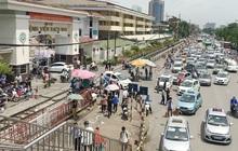 """Đề nghị 4 hãng xe công nghệ """"truy"""" thông tin tài xế từng đến Bạch Mai"""