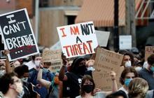 Bạo lực gia tăng trong các cuộc biểu tình ở Mỹ, một thanh niên bị bắn chết