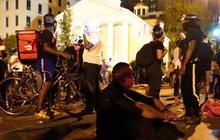 Người biểu tình Mỹ phớt lờ lệnh giới nghiêm