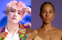 V (BTS) lắc lư theo nhạc của Alicia Keys trên xe, lập tức được chính chủ hồi đáp còn tiện PR cho album ra mắt hôm nay luôn