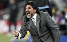 Diego Maradona, Cậu bé Vàng ngây thơ và điên rồ trên đường biên