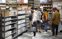 Cả Sài Gòn dập dìu đi khai trương MUJI, từ giới trẻ đến các cô các bác rộn ràng shopping