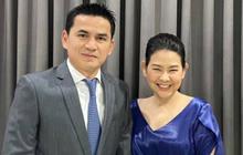 """HLV Kiatisuk """"nịnh vợ"""" bằng bài hát ngọt ngào trước ngày sang Việt Nam làm việc"""