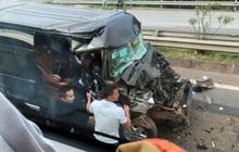 Phú Thọ: Xe khách 16 chỗ va chạm kinh hoàng với xe đầu kéo, 8 người nhập viện cấp cứu