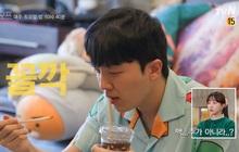 Nam idol Hàn Quốc tiết lộ mỗi năm dành gần… 110 triệu đồng cho Starbucks, netizen khắp nơi nổ ra tranh luận: Chi nhiều vậy liệu có đáng không?