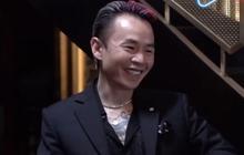 Clip: Binz cười tít mắt khi xem nghệ sĩ hài độc thoại liên tục cà khịa mình và Châu Bùi