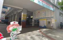 Đại học HUTECH vắng vẻ, các cửa hàng bên trong tạm dừng buôn bán sau khi BN1342 khai báo từng đến trường trong thời gian cách ly