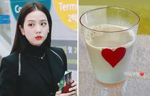 """Jisoo khoe món """"tủ"""" cafe sữa mà trong cốc tới… 99% là sữa, fan Việt nhanh nhảu: Mời chị sang đây uống bạc xỉu!"""