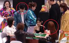 4 khoảnh khắc khó xử tại iQIYI Huỳnh Hiểu Minh chạm mặt tình cũ, chung phòng với tình địch, Dương Mịch - Nhiệt Ba bị réo tên