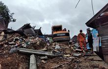 Số nạn nhân thiệt mạng do động đất tại Sulawesi tăng lên 42 người,Indonesia ra cảnh báo sóng thần
