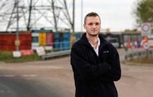 Anh: Xin bới bãi rác vì lỡ tay vứt chiếc ổ cứng chứa bitcoin giá 6.300 tỉ