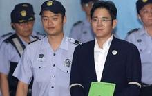 Người thừa kế tập đoàn Samsung bị phạt 2,5 năm tù