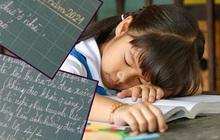 """Cô giáo """"bêu tên"""" học sinh phạm lỗi hằng ngày lên bảng gây tranh cãi, nhưng ngạc nhiên nhất là phản ứng của hội phụ huynh"""