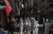 Hong Kong (Trung Quốc) lần đầu tiên phong tỏa một khu vực dân cư vì COVID-19