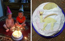"""Chú tốt bụng làm bánh sinh nhật tặng cháu nhưng lại có gì đó """"sai sai"""" khiến 2 đứa trẻ không nặn nổi nụ cười, mặt căng thẳng khi thổi nến!"""