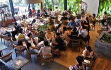 Hàng quán Đà Nẵng ngày đầu bán tại chỗ: Nơi tấp nập khách dù trời mưa, chỗ vẫn đóng cửa im lìm