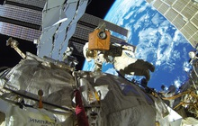"""Trạm vũ trụ Quốc tế ISS tí thì """"rụng"""" vì phi hành gia Nga vô tình gây ra vụ nổ khi kiểm tra động cơ"""