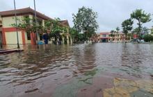 Gần 40.000 học sinh Hà Tĩnh phải nghỉ học do mưa lũ