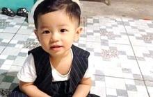 """Mẹ bé trai 2 tuổi mất tích bí ẩn trắng đêm tìm kiếm con: """"Không biết con giờ sống chết ra sao"""""""