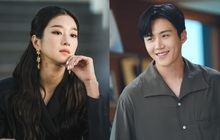 """Rùng mình """"lời nguyền"""" Baeksang 2021: Kim Seon Ho và """"điên nữ"""" Seo Ye Ji cùng đoạt giải, kết cục cả 2 đều dính phốt tình ái chấn động"""