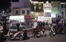 Thời tiết Hà Nội 20/10 đẹp như một cơn mơ nhưng hàng quán nhiều nơi vẫn vắng tanh vì dân tình bận đổ ra đường... hóng gió