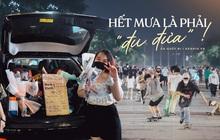 """Trung tâm Sài Gòn tối nay: Có người đem hẳn ô tô ra… bán hoa, hàng quán """"ăn nên làm ra"""" đúng như dự đoán"""